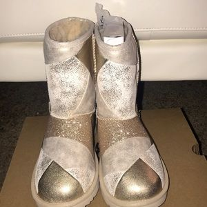 Brand new gold patched uggs size 8